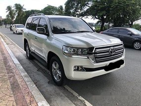 White Toyota Land Cruiser 2015 at 50000 km for sale