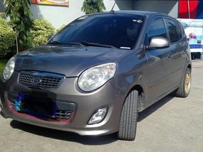 Grey Kia Picanto 2010 Hatchback at 86000 km for sale