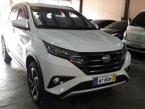 Selling White Toyota Rush 2018 at 18000 km