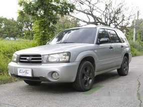 Silver Subaru Forester 2007 at 200000 km for sale