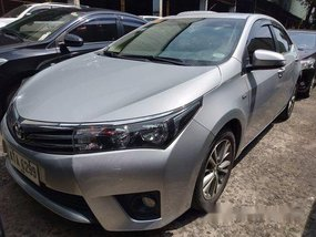 Selling Silver Toyota Corolla Altis 2015 at 8000 km