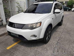 Sell White 2008 Mitsubishi Outlander in Manila