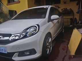 Sell White 2015 Honda Mobilio Automatic Gasoline at 105000 km