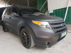 Selling Black Ford Explorer 2013 Automatic Gasoline at 50663 km