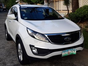 Selling White Kia Sportage 2011 Automatic Gasoline