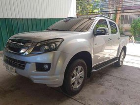 Sell Silver 2014 Isuzu D-Max at 45479 km