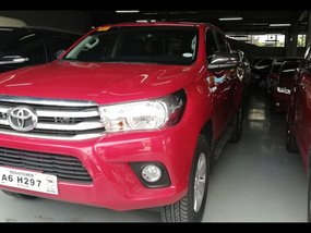 Selling Toyota Hilux 2018 Truck at 2718 km