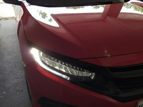 Selling Red Honda Civic 2016 at 35000 km