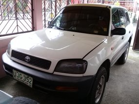 White 1996 Toyota Rav4 at 120000 km for sale