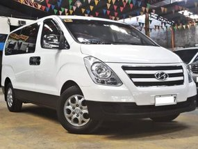 White 2017 Hyundai Grand Starex Diesel Manual for sale