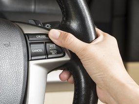 Cruise control: How it works, its uses and benefits