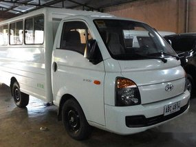 White Hyundai H-100 2015 at 58000 km for sale