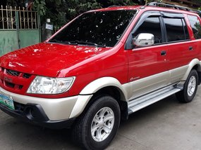 Red Isuzu Crosswind 2005 Manual at 75000 km for sale