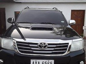 Sell Black 2015 Toyota Hilux at 75000 km