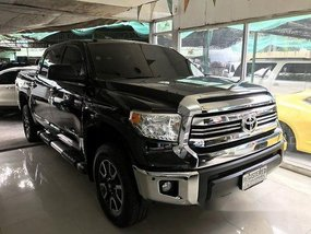 Selling Black Toyota Tundra 2019 in Quezon City
