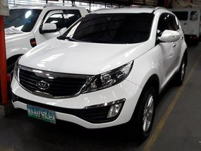 White Kia Sportage 2011 Automatic Gasoline for sale