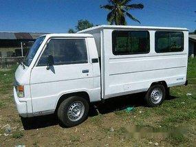 White Mitsubishi L300 2002 at 125000 km for sale