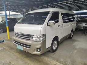 Selling Toyota Hiace 2013 Automatic Diesel