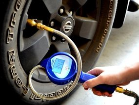 Different types of tire pressure gauges and which is the best to choose?