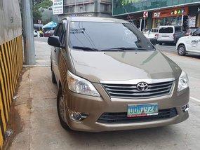 Selling 2nd Hand Toyota Innova 2013 Automatic Diesel