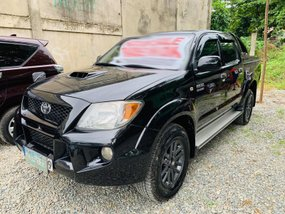 Black 2007 Toyota Hilux at 90000 km for sale