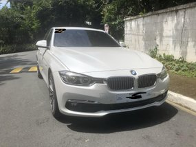 Sell White 2018 Bmw 318D at 2900 km in Quezon City
