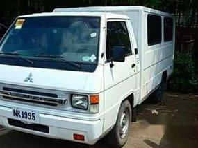 Selling White Mitsubishi L300 2017 Manual Diesel