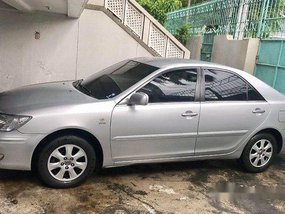 Selling Silver Toyota Camry 2004 at 81000 km