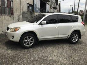 White Toyota Rav4 2010 Automatic Gasoline for sale