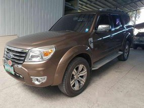 Selling Brown Ford Everest 2012 at 76847 km