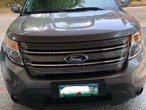 Sell Grey 2013 Ford Explorer Automatic Gasoline at 50000 km