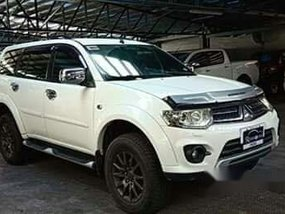 White Mitsubishi Montero Sport 2014 at 81000 km for sale
