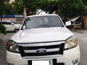 Selling White Ford Ranger 2011 at 74000 km