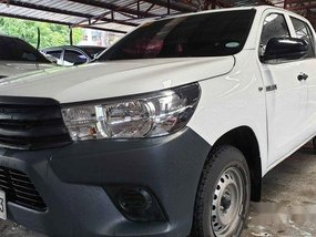 Sell White 2019 Toyota Hilux Manual Diesel at 16000 km