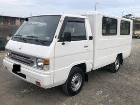 Sell White 2016 Mitsubishi L300 Van at 62000 km