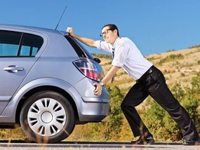 Do's and Don'ts when you run out of gas while driving