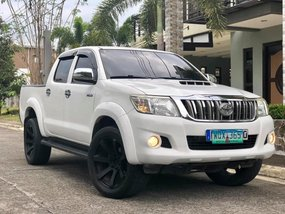 White 2014 Toyota Hilux at 72000 km for sale