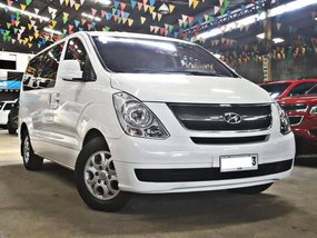 Sell White 2014 Hyundai Grand Starex Diesel Manual at 43000 km
