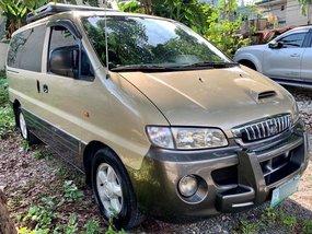 Selling Hyundai Starex 2004 Van in Quezon City