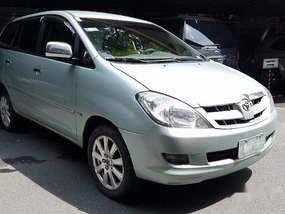Selling Silver Toyota Innova 2005 Automatic Diesel at 93000 km