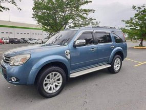 Selling Blue Ford Everest 2013 Automatic Diesel at 126000 km