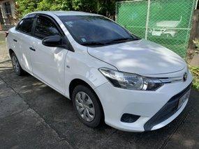 Selling White Toyota Vios 2015 Manual at 38500 km