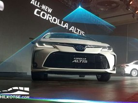 Toyota updates 200,000 km/5 year warranty for Toyota Corolla Altis Hybrid 2020 batteries