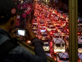 Driving in Manila: Beating rush hour blues and avoid road rage