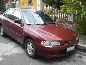 Selling Red Mitsubishi Lancer 1997 Sedan in Quezon City