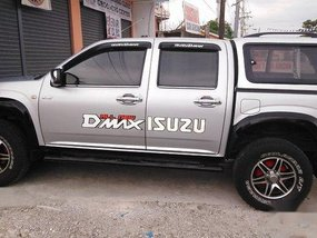 Silver Isuzu D-Max 2012 at 223367 km for sale