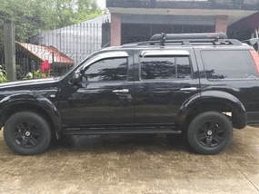 Selling Black Ford Everest 2008 Manual Diesel in Manila