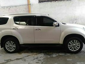 Sell White 2018 Isuzu Mu-X at 20000 km in Quezon City