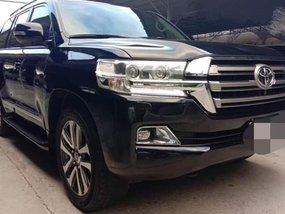 Sell Black 2015 Toyota Land Cruiser Automatic Diesel