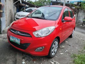 Selling Red Hyundai I10 2011 Hatchback in Tabina